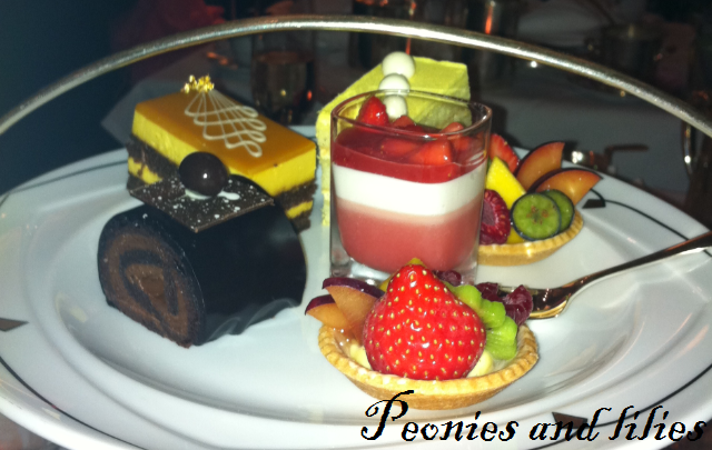 park lane hotel, park lane hotel review, park lane afternoon tea, park lane afternoon tea review, park lane hotel art deco afternoon tea, park lane palm court art deco afternoon tea, park lane food, park lane palm court, park lane art deco afternoon tea menu, park lane art deco afternoon tea desserts