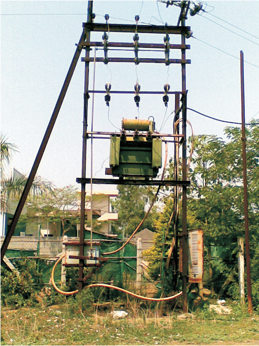 Double Pole Structure : Load break switch the alternative to double pole