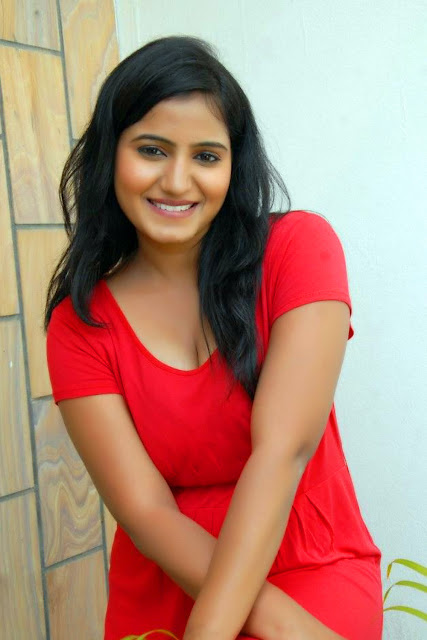 telugu actress tanusha SFHG (1).jpg