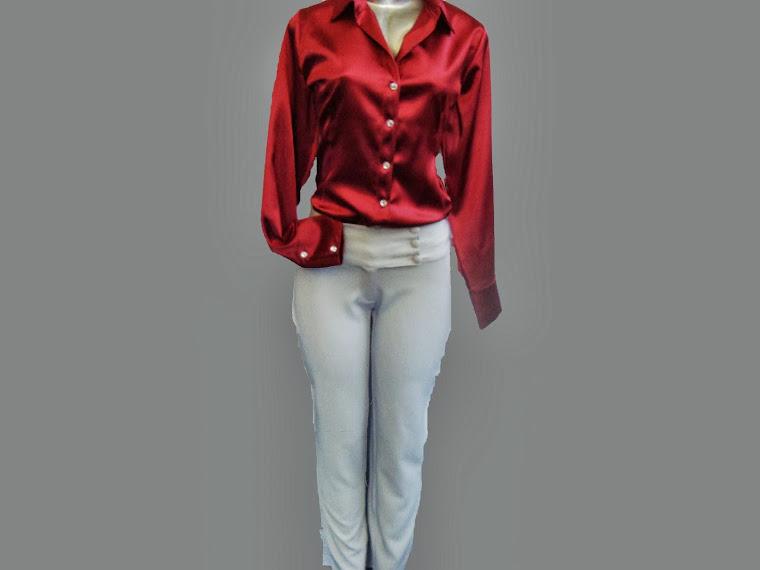 conj blusa de cetim e calça de prada