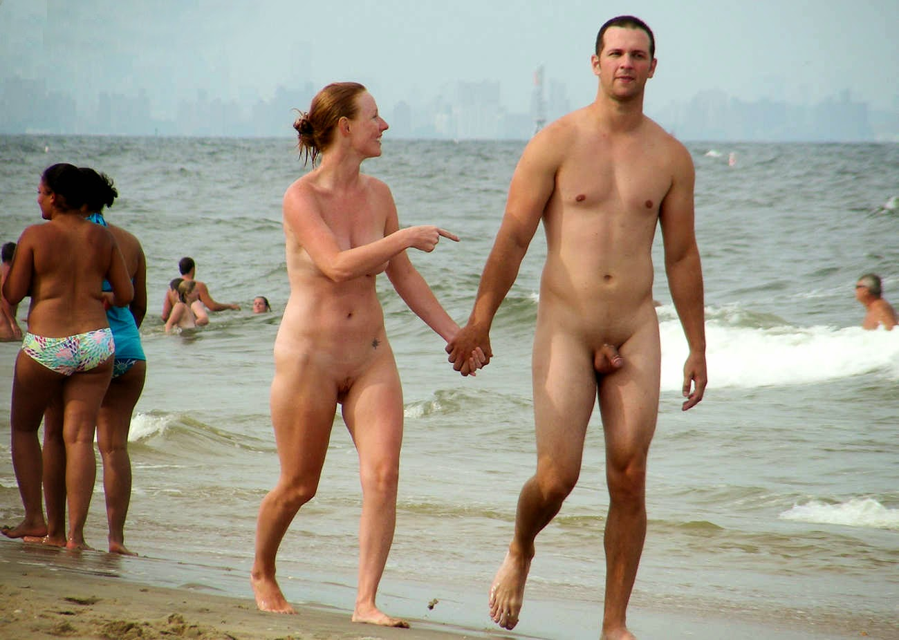 photos of nude couples in beach