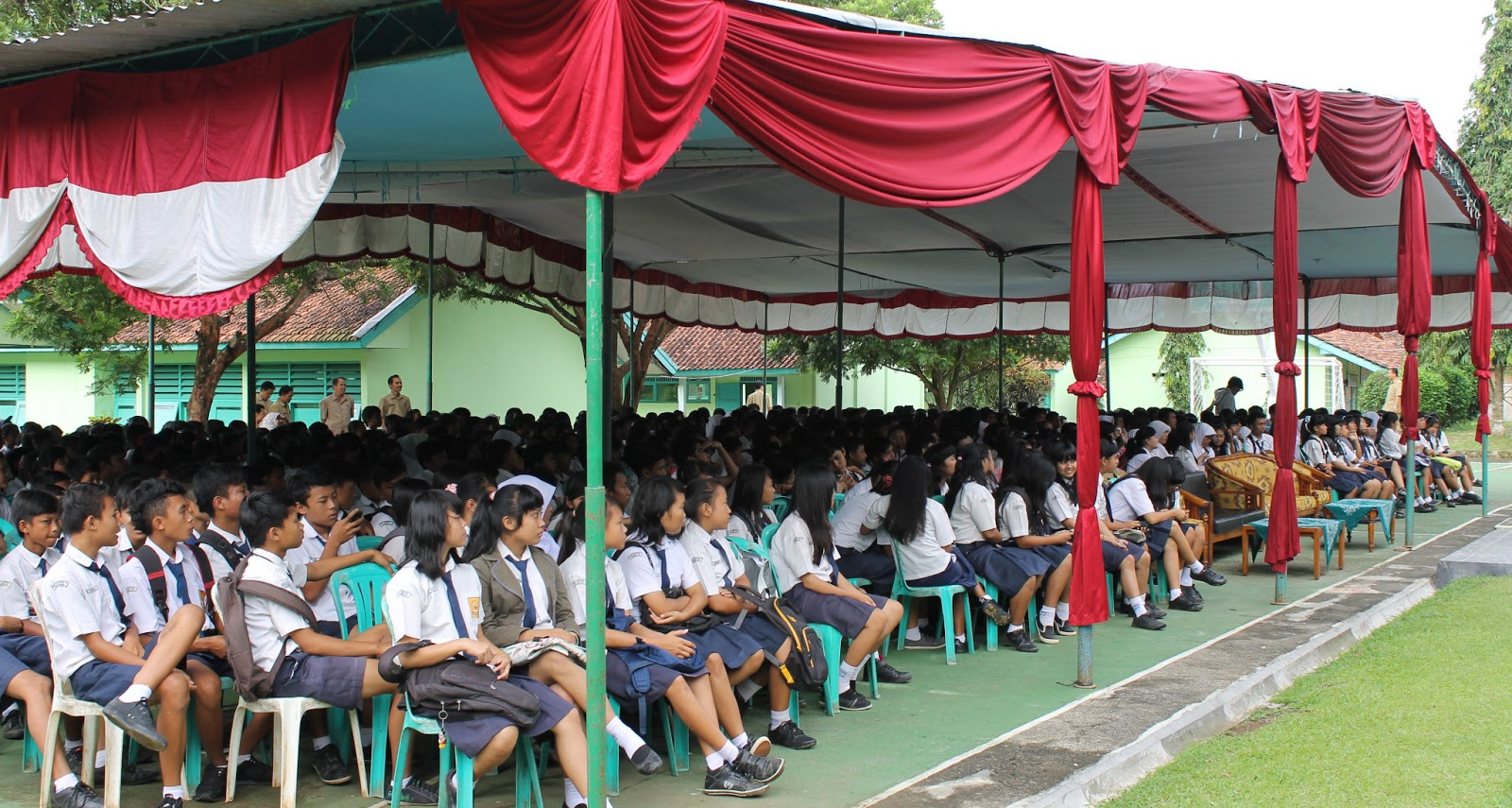 Smp Negeri 1 Gumelar Perpisahan Siswa Kelas Ix Tahun 2013