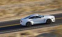 New-Ford-Mustang-Shelby-GT350-44.jpg