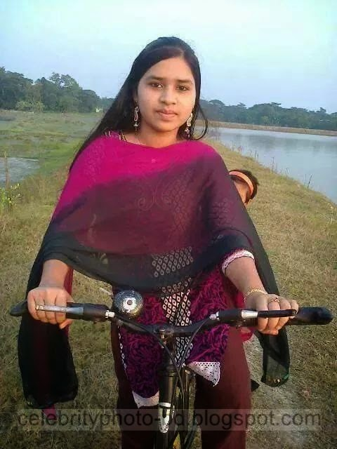 Bangladeshi%2BNormal%2BVillage%2BGirls%2BLatest%2BPhotos017