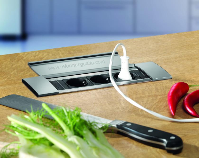 2 enchufes cocina 2 usb tapa tu cocina y ba o - Enchufe con usb ...