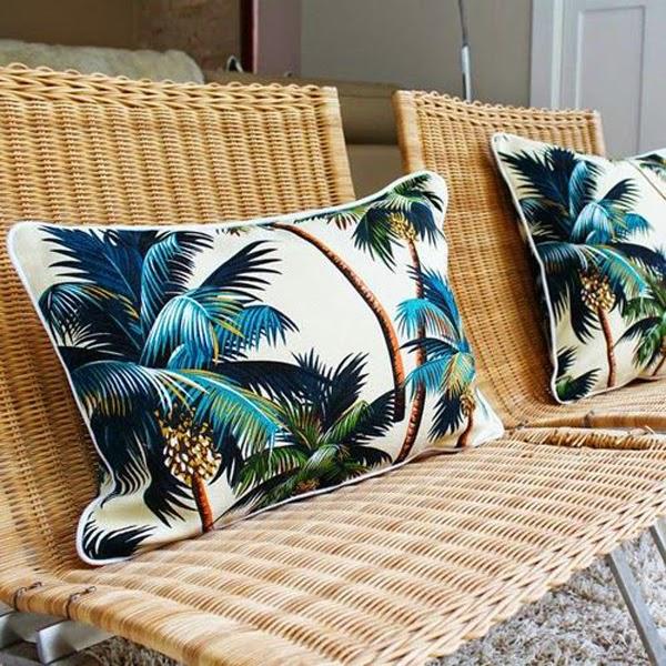 ideas-deco-como-combinar-cojines-estampado-tropical