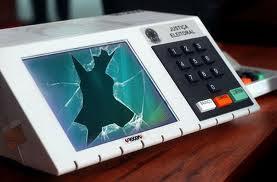 Fraude Nas Urnas Eletrônicas - Um Asno