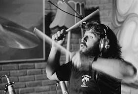 Lee Kerslake: Πέθανε ο ντράμερ των Uriah Heep. Σπάνια συνέντευξη του Λι Κέρσλεηκ και βιντεοαφιέρωμα