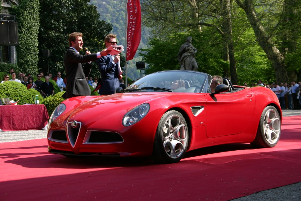 alfa romeo views alfa romeo reviews alfa romeo 8c spider. Black Bedroom Furniture Sets. Home Design Ideas
