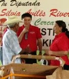 Silvia Aviles Diputa PRIPANAL Calkiní, sortea triciclo en Calkiní.
