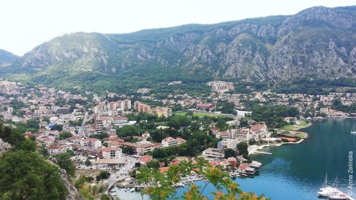 Современный город Котор, Черногория