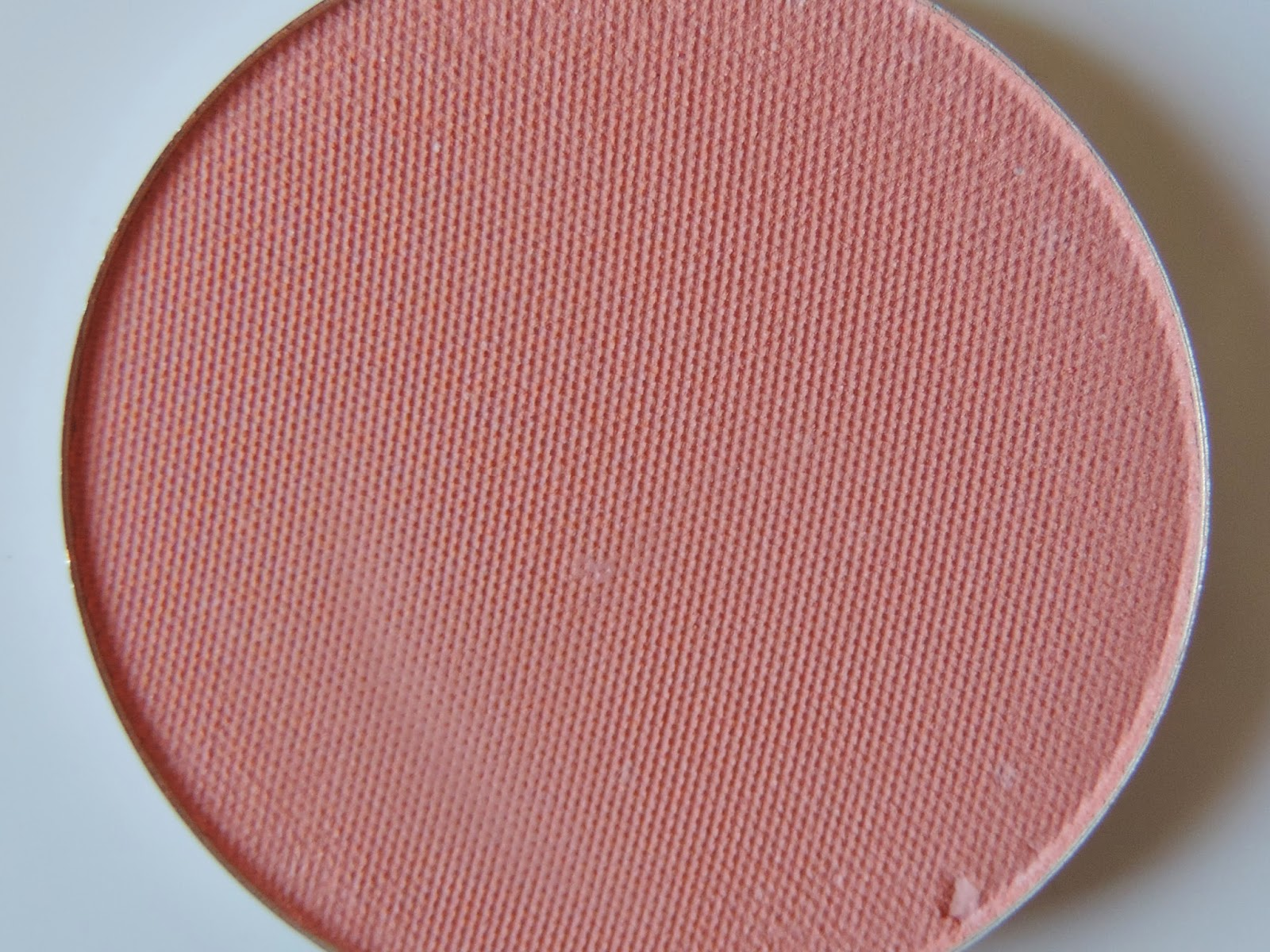 Makeup Geek blush in Bliss