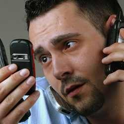 http://3.bp.blogspot.com/-AnPXFhFJNEY/Tcs18mt9KFI/AAAAAAAAALk/k72fdJoGAPc/s1600/bahaya_radiasi_ponsel.jpg