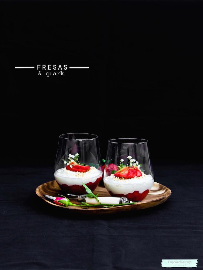 postres con fresas: vasitos de queso quark & fresas