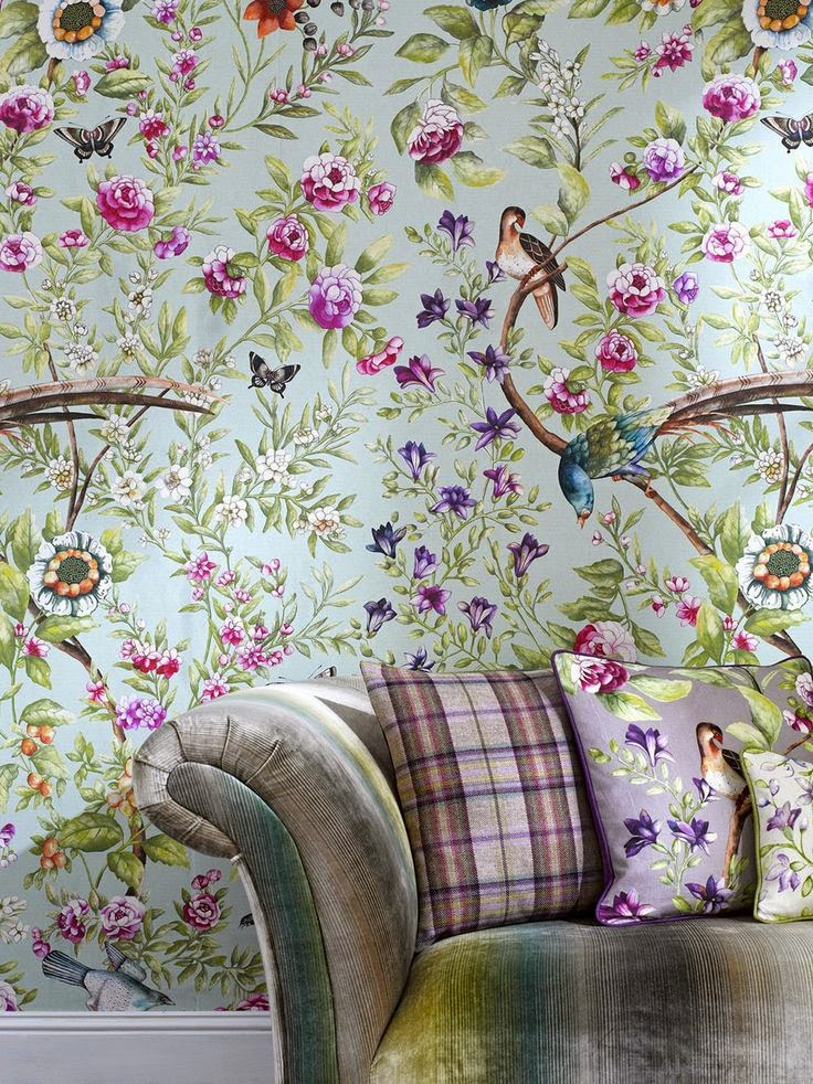 Eye for design decorating with today 39 s bold floral patterns for Designer wallpaper uk