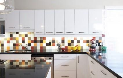 Backsplash Ideas For White Cabinets