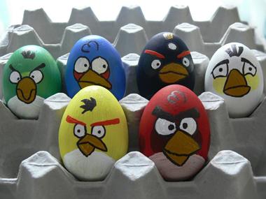 """Великденски яйца с ядосаните птици от """"Angry birds"""""""