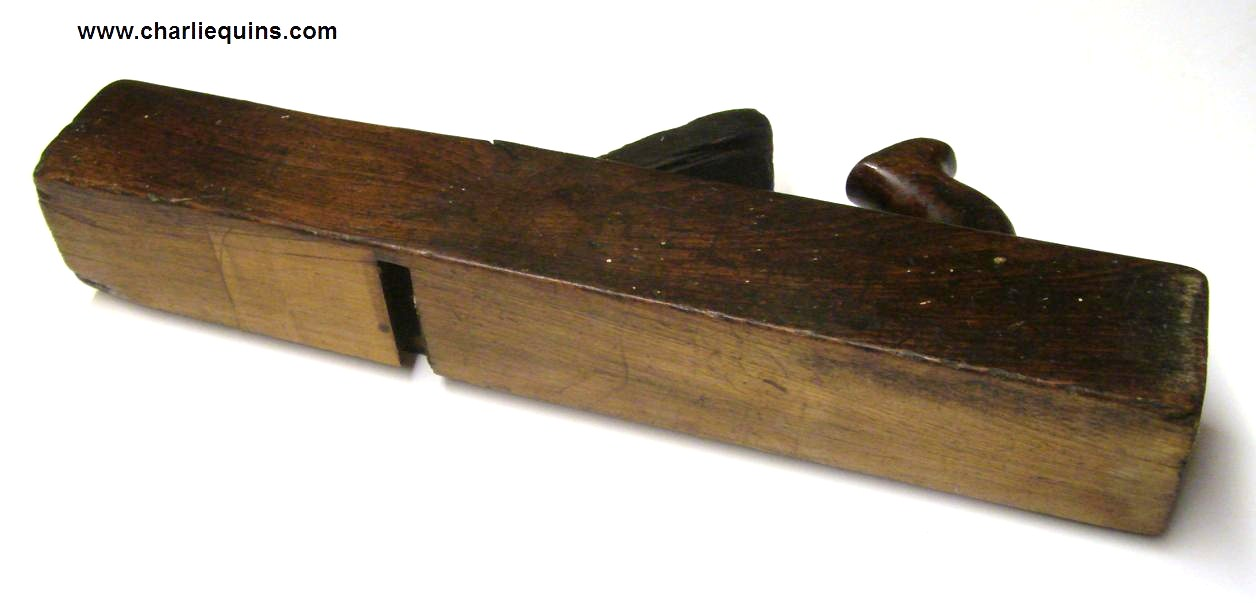 antique wood planes identification. antique carpentry tools, wood planes 003 identification a