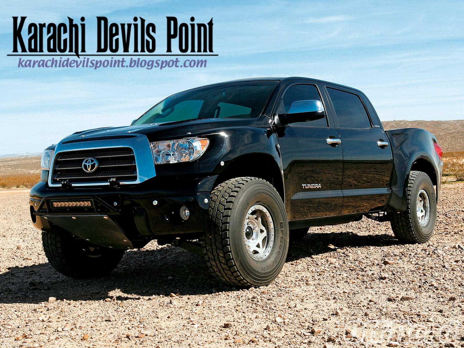 toyota tundra crewmax 4x4 2013 karachi devils point. Black Bedroom Furniture Sets. Home Design Ideas