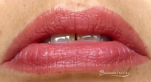 Yves Saint Laurent Baby Doll Kiss & Blush in Nude Insolent - cream blush and lipstick, worn on lips, lip swatch