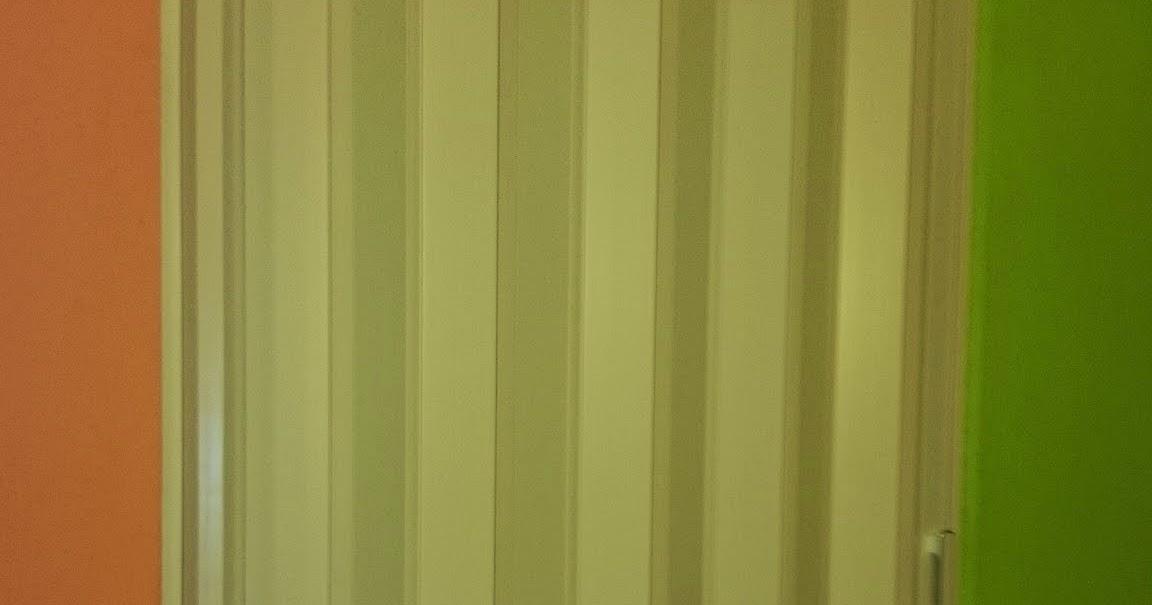Decoracion interior cortinas verticales estores for Puertas traslucidas