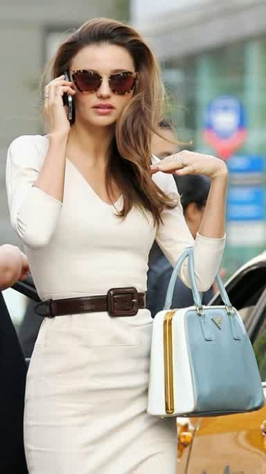 Sexiest Miranda Kerr Models With Phone In Pictures