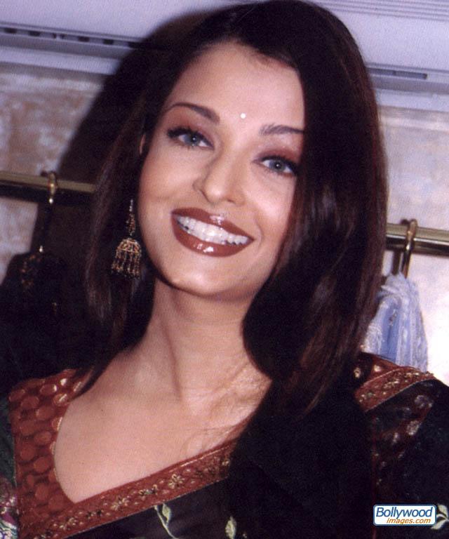 Bollywood Stars: aishwarya rai without makeup aishwarya ...
