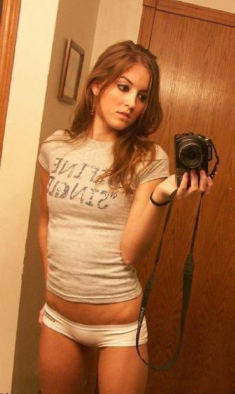Hot Sexy Girls Mirrors Cameras