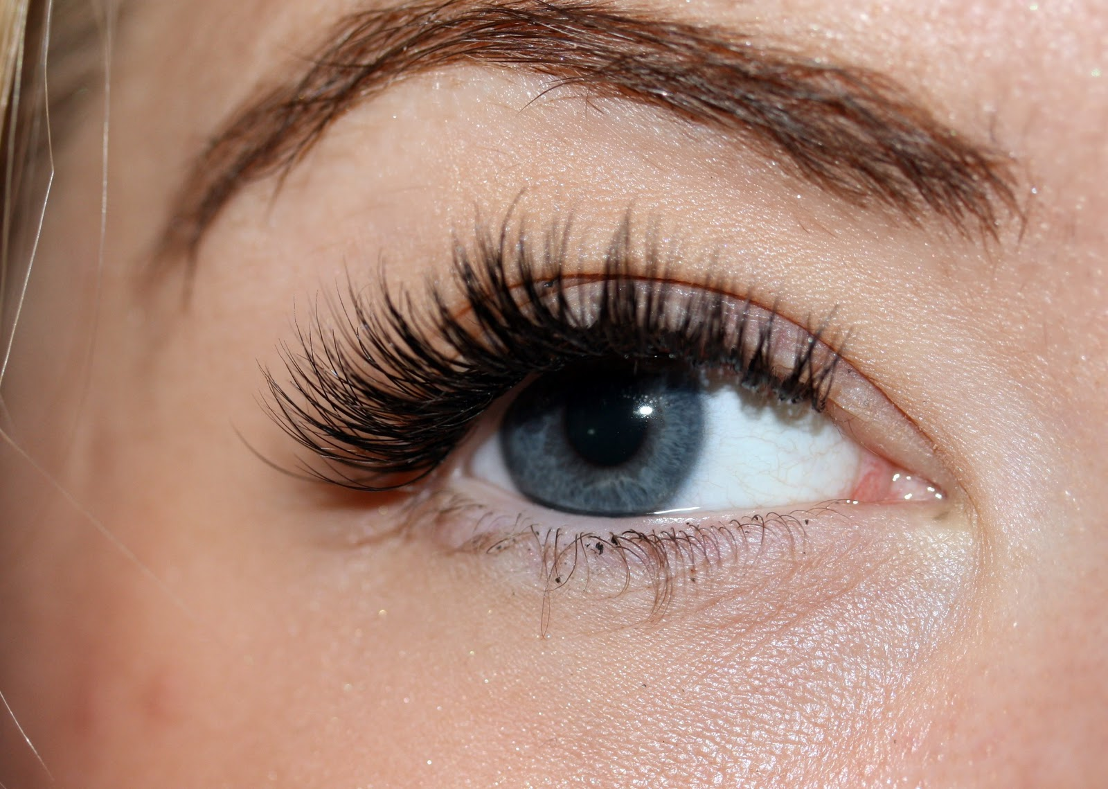 My Eyelash Extension Experience Dolly Bow Bow Fashion And Beauty