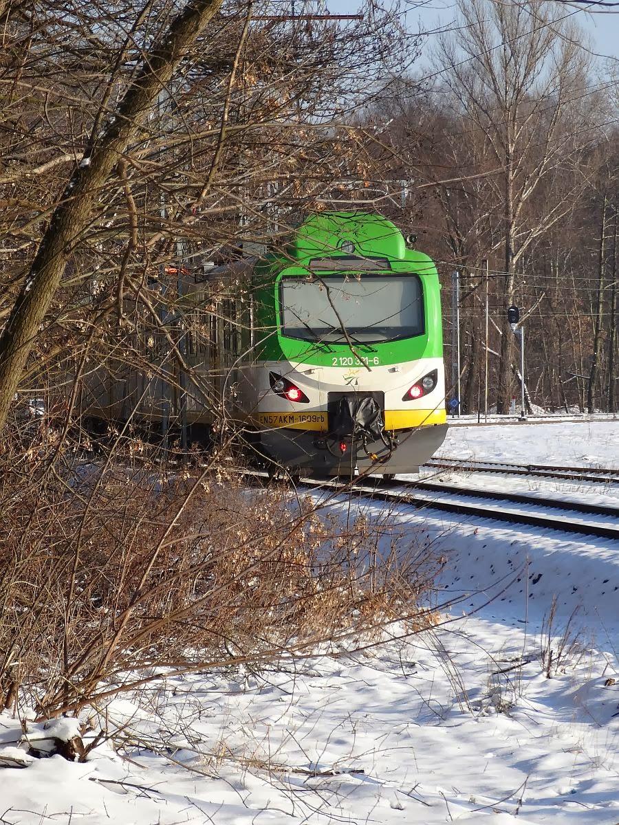 EN57AKM-1609