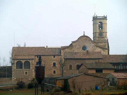 L'església de Sant Bartomeu des de la Font de Plaça