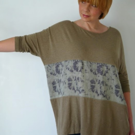 http://portialawrie.blogspot.co.uk/2015/01/refashion-cropped-tee-to-banded-tee.html