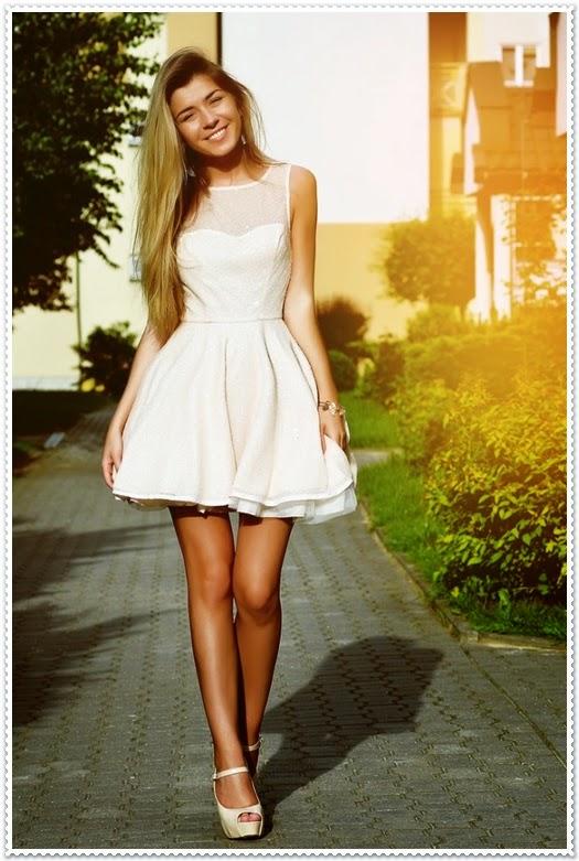 Rüschenkleid Kombi für einen romantischen Aussehen