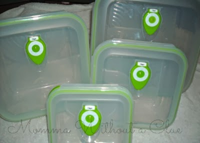 green food storage containers