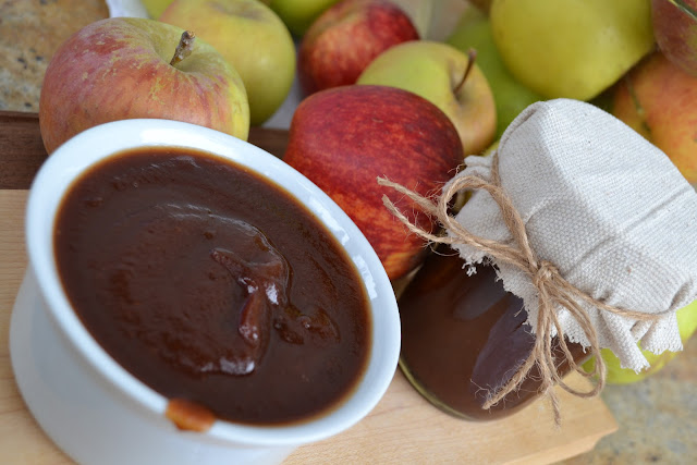 Overnight Apple Butter with Bourbon & Vanilla Bean ~ A must-make ...