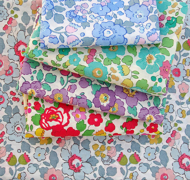 Liberty Tana Lawn - Betsy | Red Pepper Quilts