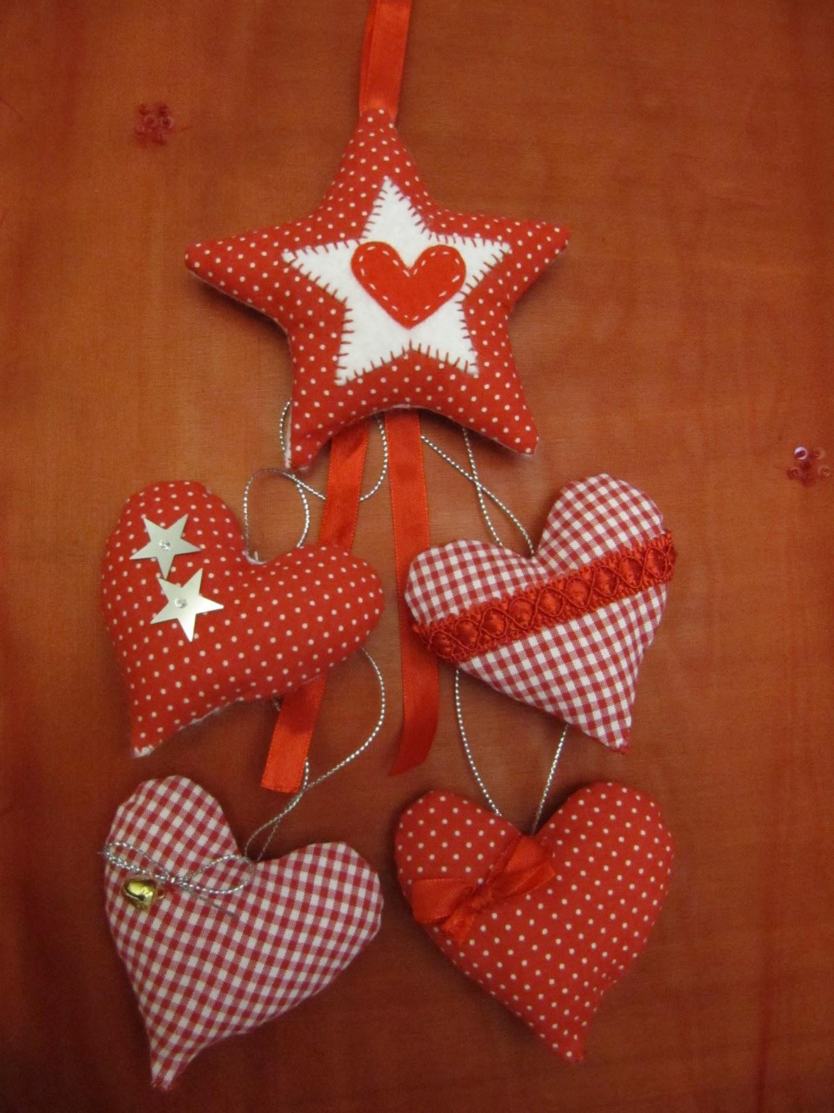 De tot un poc corazones de tela para decorar - Adornos para pared ...