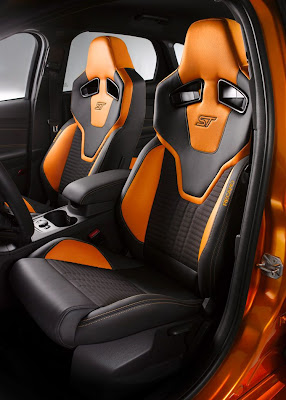 Interior Design of 2012 Ford Focus