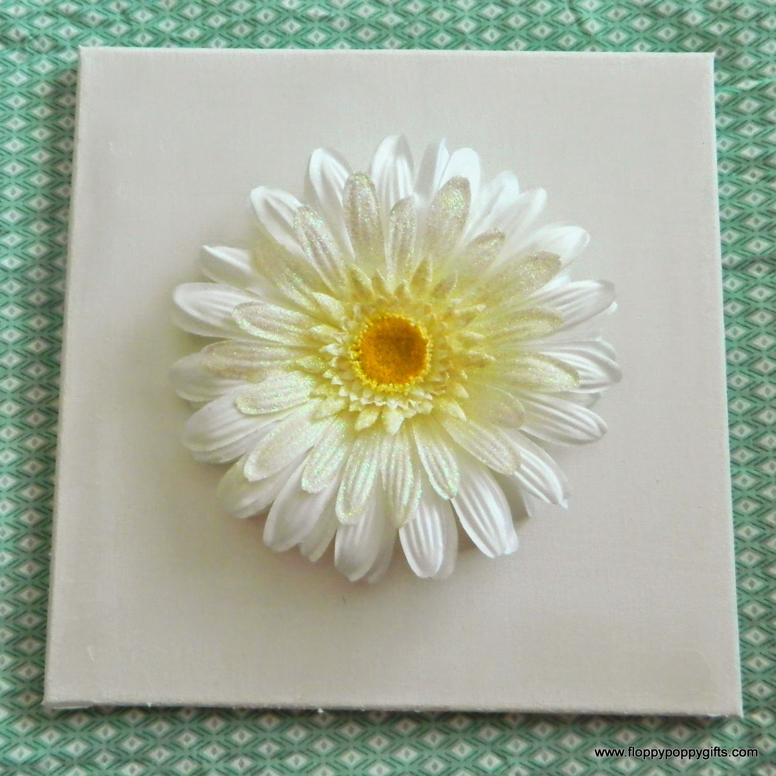 Floppy Poppy Gifts: DIY Yellow Daisy Wall Art Craft Tutorial