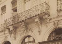 Balcon du 82 rue François Miron à Paris, photo de Atget vers 1900