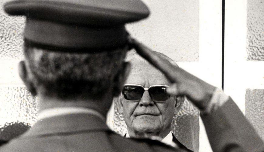 http://3.bp.blogspot.com/-AqKdXk6GUQY/USPrHkFCZGI/AAAAAAAAAOc/TIi0T6eKHNM/s1600/ditadura-45-anos_f_009.jpg