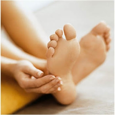 Natural Remedies to Cure Cracked Heels