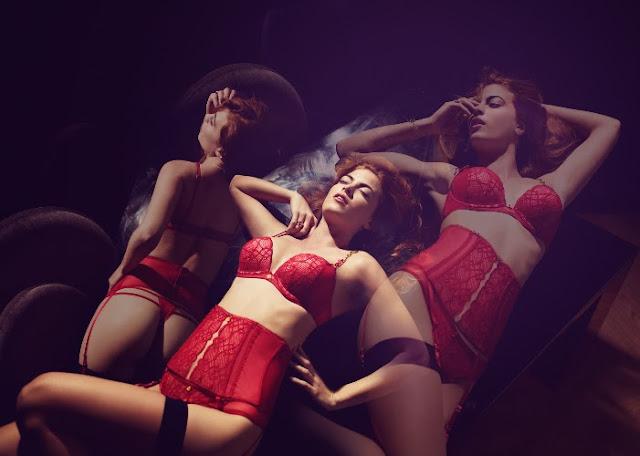 dessous lingerie rouge valisère corset serre taille femme rousse