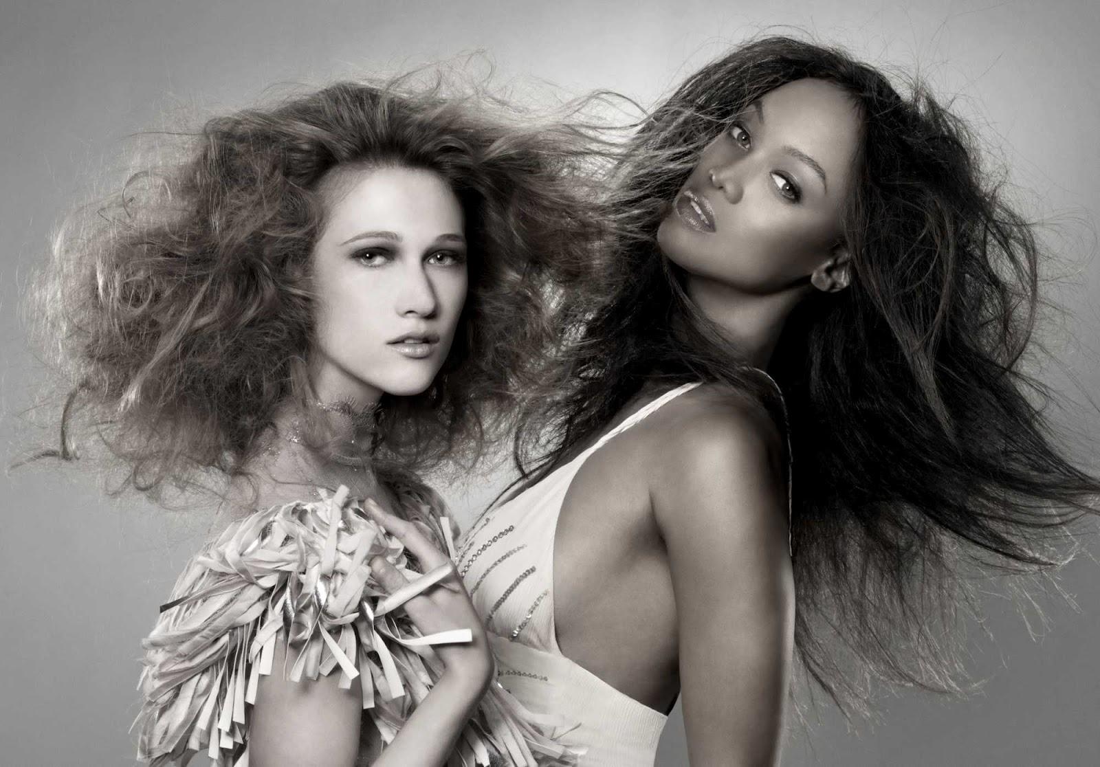 http://3.bp.blogspot.com/-Aqdxc0roG8E/UEY1SOoLPDI/AAAAAAAAINk/doYTQ6YZ5fY/s1600/ModelClicker+ANTM+America\'s+Next+Top+Model+Cycle+13+Nicole+Fox+&+Tyra+Banks.jpg