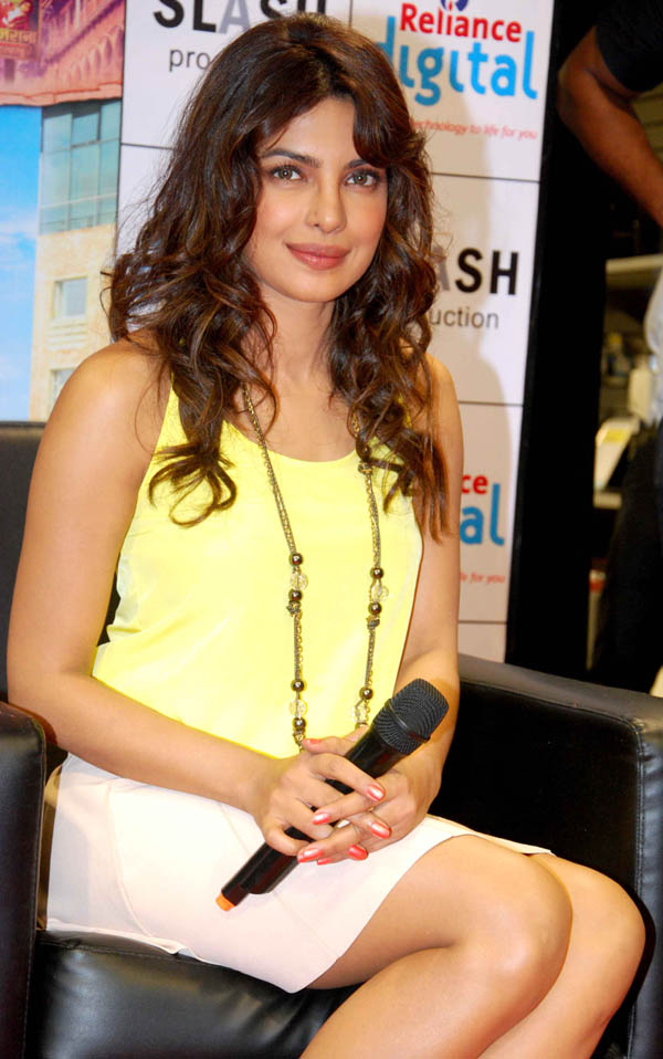 Priyanka Chopra Teri Meri Kahaani Movie Promotion Photos
