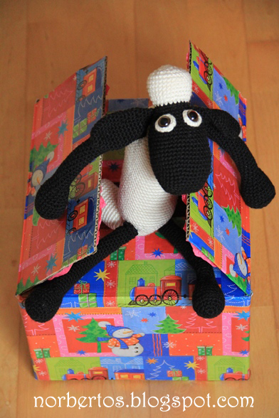 Crochet Shaun the sheep