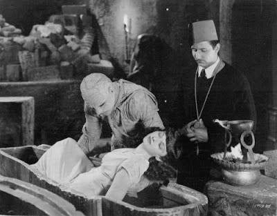 LA FAZ OCULTA DEL FEZ - Página 9 Mummys+curse