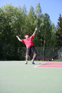 Tenniksen perusteita yhteisin aikatauluin - Ota yhteyttä