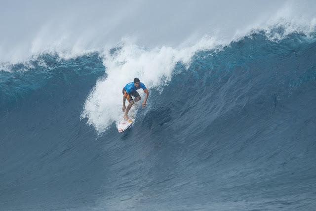 19 Gabriel Medina Billabong Pro Tahiti Foto WSL Stephen Robertson