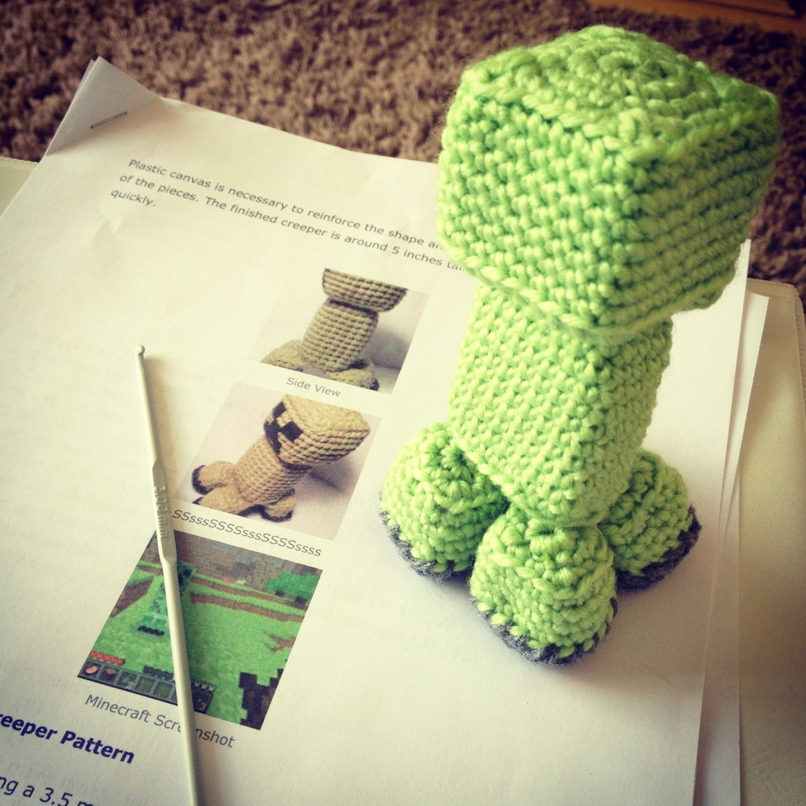 Amigurumi crochet creeper ~ Hooked by Robin
